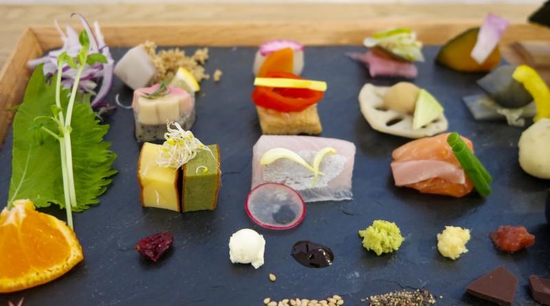 awomb手織り寿司