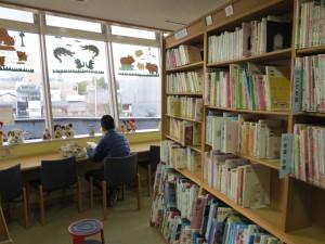 京都こども未来館図書館