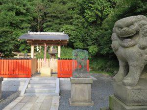 出世稲荷神社狛犬