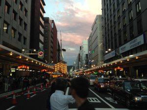 祇園祭前祭四条通り
