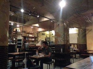 カフェ「Cafe Independants カフェ・アンデパンダン」2