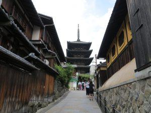 石塀小路八坂神社9