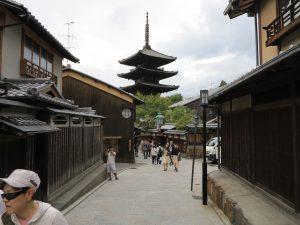 石塀小路八坂神社12
