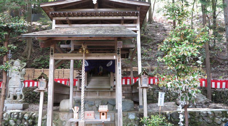 御髪神社3